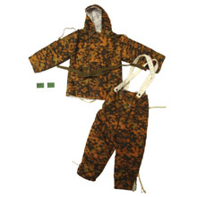 1:6 Scale German WWII Autumn Blurred Edge Combat Parka and Trouser (Reversible) with Patch